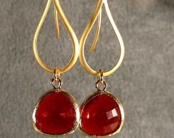 Contemporary Garnet Red Glass Gold Bridesmaid Earrings, Red Earrings, Gold Earrings, Wedding Earrings (373G)