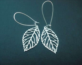 Bridesmaid Gift, Bridesmaid Earrings, Silver Skeleton Leaf Earrings