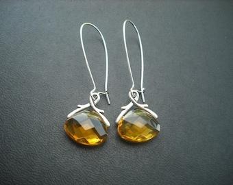 crystal glass  briolette earring - honey gold