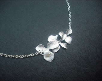 orchid flowers necklace - white gold plated