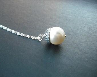 Bridal Necklace, Bridesmaid Necklace, Silver pearl acorn necklace - swarovski crystal pearl, wedding gift, birdesmaid gift, birthday gift
