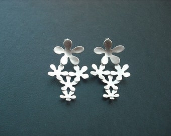 Bridesmaid Earrings, Silver Multi Floral Post Earrings, Sterling Silver Post