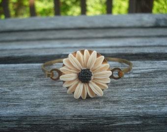 ivory daisy flower Hinge Cuff Bangle Bracelet