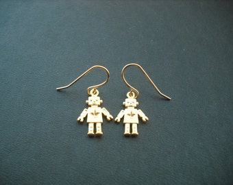 Matte 16K Adorable Robot Charm Earrings - 16K gold plated