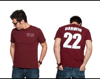 Charles Darwin Literary T-Shirt Jersey - Reader - Book Gift - Author - NOVEL-T Science - Big Bang Theory