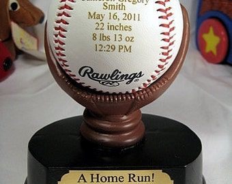 Engraved Baby Announcement Baseball Keepsake Gift Nursery Decor New Born with Personalized Resin Mitt Display