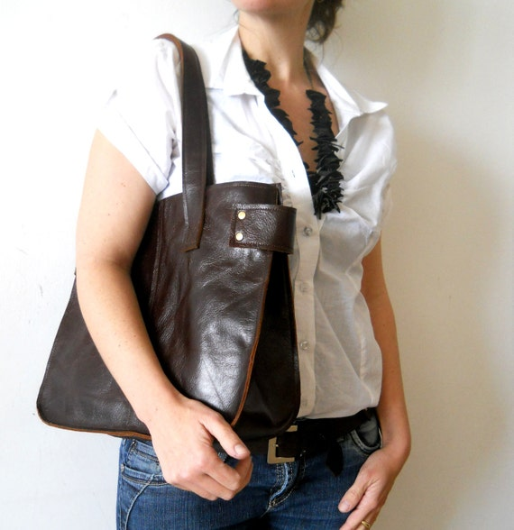 Dark brown leather tote, for every day use.