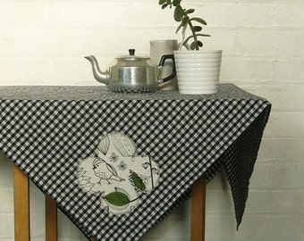 little green gingham picnic tablecloth - made to order
