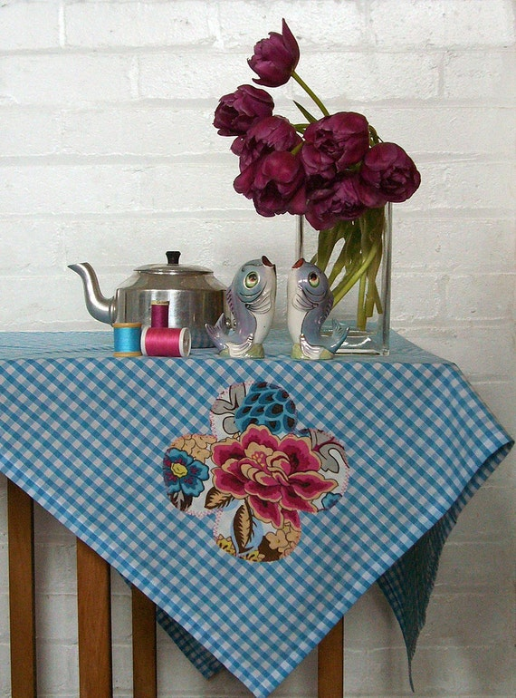 chinese pleasure garden gingham picnic tablecloth
