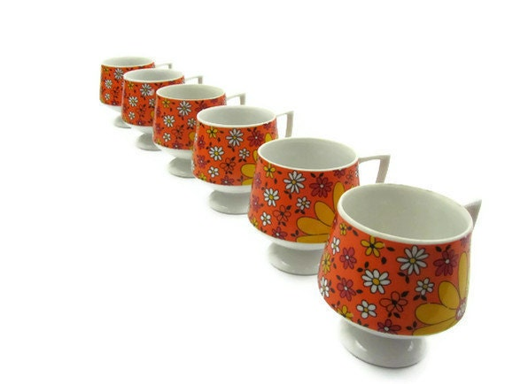 Vintage coffee tea cup set, flower power design in orange and yellow