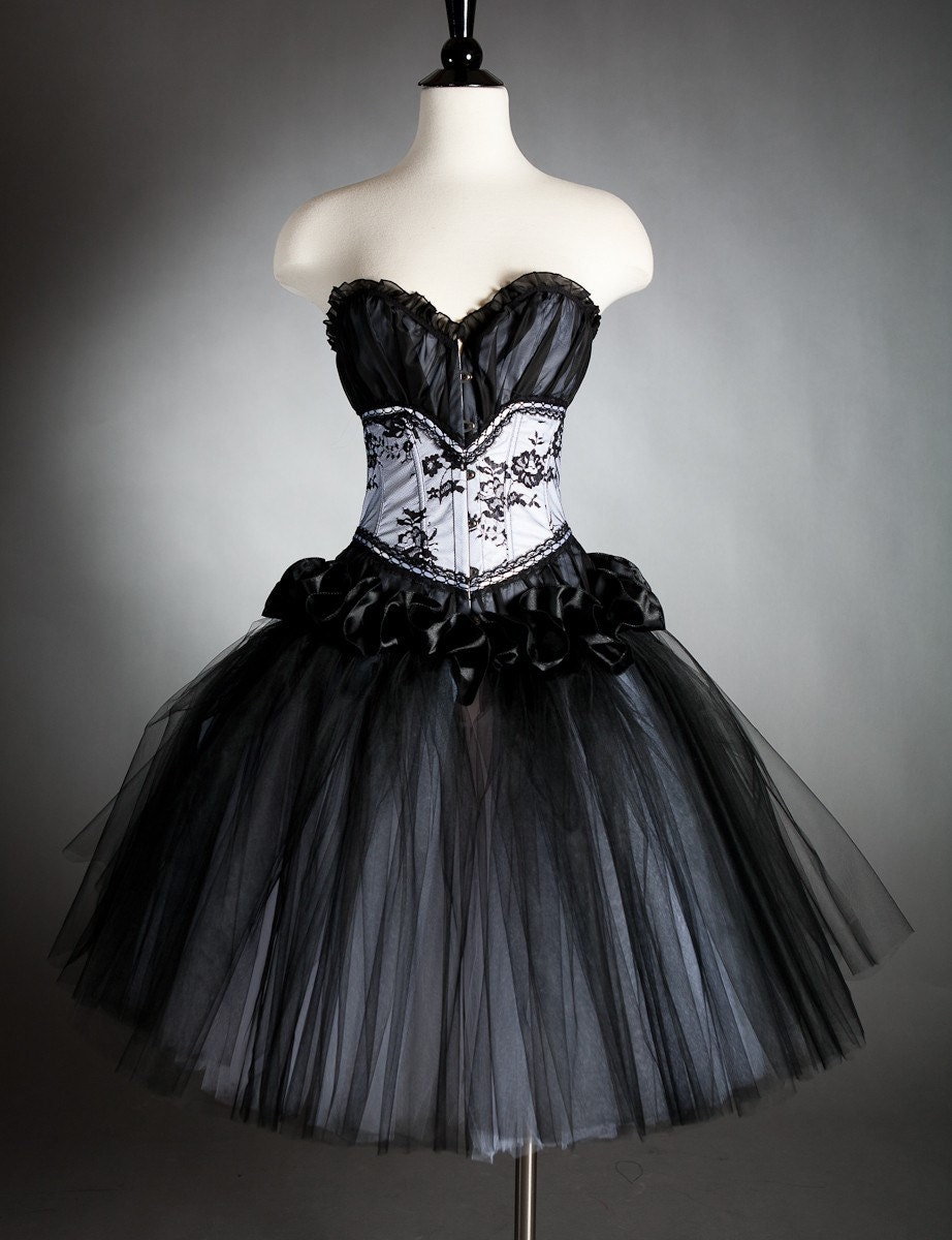 Black corset dresses for prom