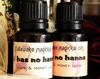 Magickal Ritual Oil - Has No Hanna  for Luck in Love and Money (15 ml.)