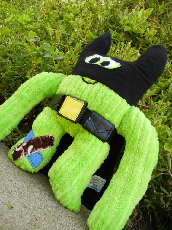 Mr Mayhem Man Cookie Nummie Plush Monster in Green with Super Hero Mask Cape and Belt