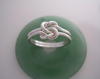 Double Love Knot Ring in 16 gauge Sterling Silver
