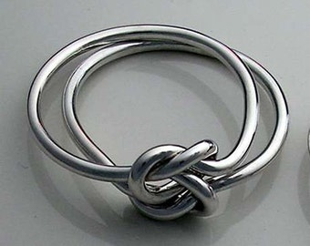 Double Love Knot Ring in Solid 14K white palladium gold 16 or 18 Gauge