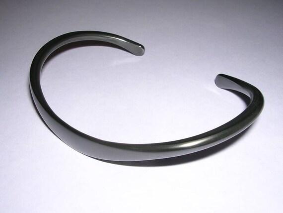 Niobium Bracelet in Black for Men and Women