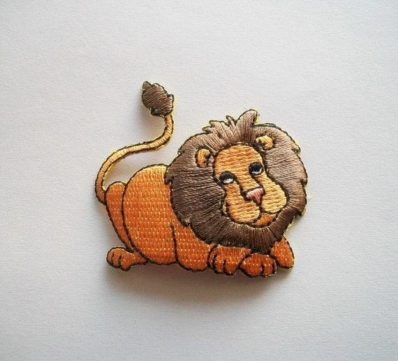 Iron on applique Lion, Embellishment for Fabric and Paper Projects