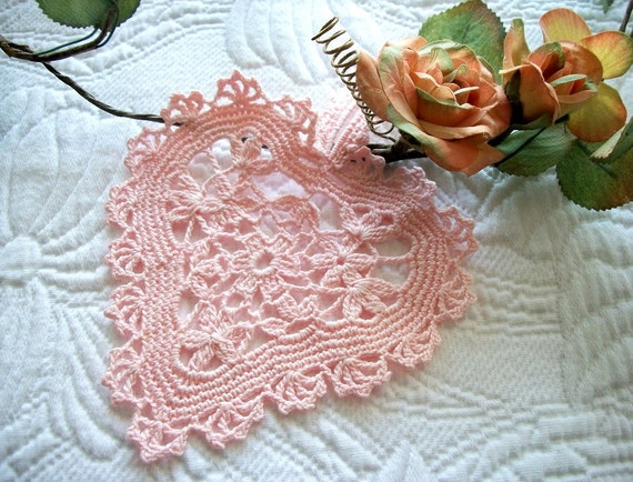 Pink Crochet Heart with Loop for Hanging Valentine Lace Gift Tag