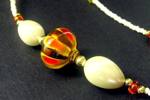Eyeglass Lanyard. Eyeglass Chain Beaded in Orange and Ivory. Handmade Accessories.