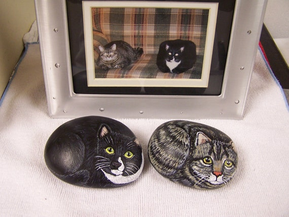 Custom Cat Stone Hand Painted Rock Pet Memorial Made To Order Gift Pet Portrait Paperweight  Size