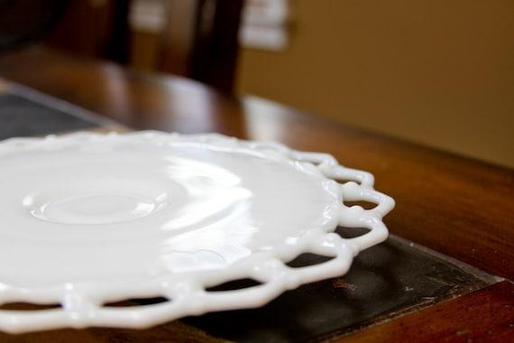 Lovely Vintage Milk Glass Cake Plate
