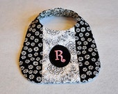 In the Hoop Pieced-Quilted-Monogrammed Bibs ITH