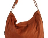 LUNA - Fabulous hobo shoulder bag in yummy soft leather.