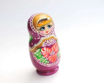 Matreshka matryoshka babushka Russian Wooden ecofrendly Doll - purple pink flower ornament traditional 3 pcs 10 cm, home decor toys