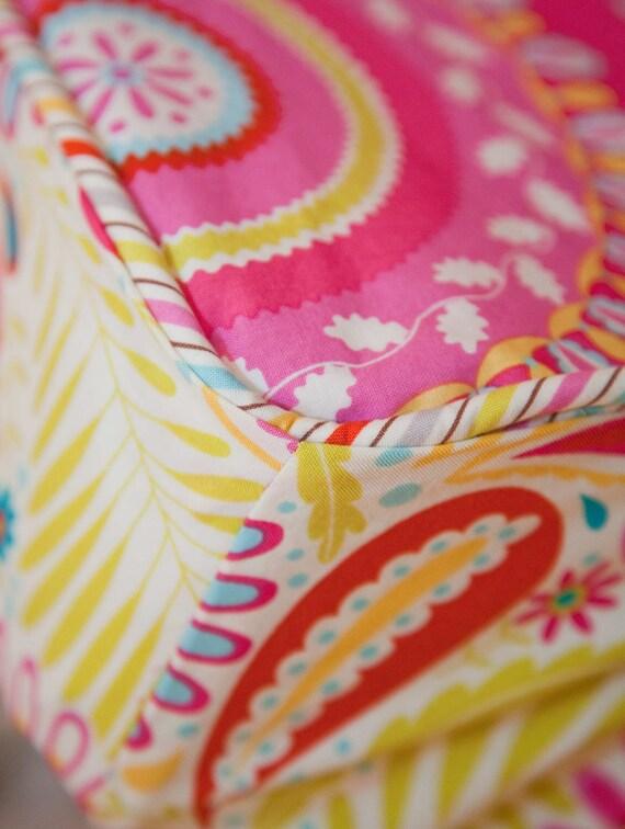 Design Your Own Bumperless Crib Sheet in Kumari Garden Fabrics
