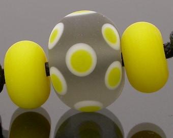 Artisan Lampwork Beads, etched lampwork beads, glass lampwork beads, lampwork beads, lampwork glass beads, yellow, grey, gray, polka dot
