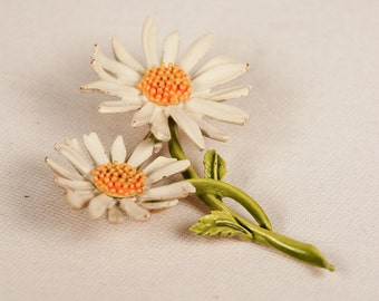 Vintage 1960s Daisy Duo Enamel Brooch, Signed ART