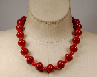 "Vintage 18"" Maroon and Red Tonal Chunky Bead Necklace"
