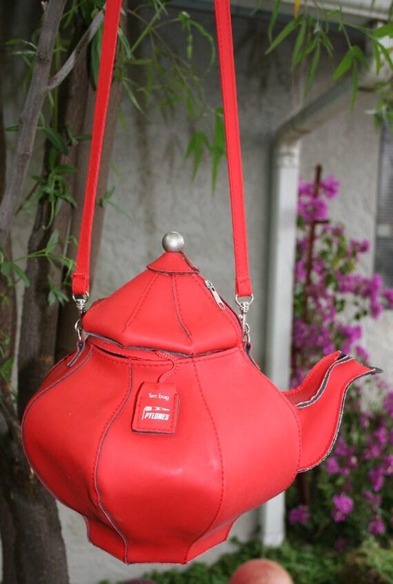 Reserved Vintage Pylones Teabags Advertising Premium Red Vinyl