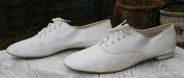 Capezio Fashion Shoes