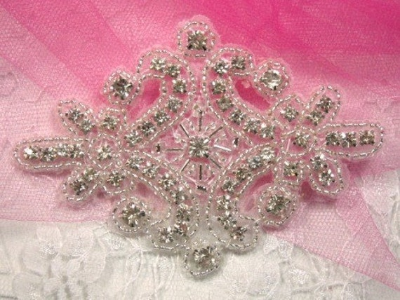 Alexis Glory Crystal Glass Rhinestone / Silver Beaded Applique  (XR5)