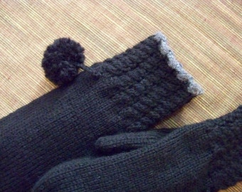 Hand Knit Wool Mittens - Midnight