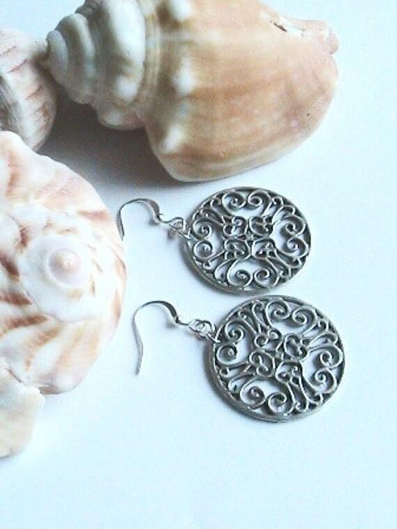 Detailed Ornate Silver Circle Earrings - Dangle Silver Circular Pattern Earrings