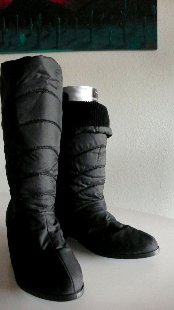 black snow boots with platform wedge 9