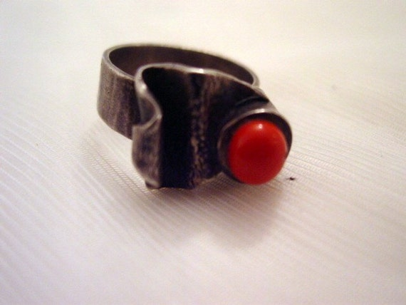 Native Silver Ring, Old Marked Sterling Native Artisan Ring with Orange Stone or Glass Cabochon Size 7 Vintage Jewelry Jewellery