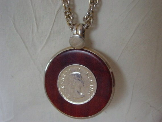 Reserved Vintage Coin Necklace, 1970s or 1980s Retro Coin Pendant Necklace with Great, Thick & Heavy Chain, Vintage Jewelry Jewellery
