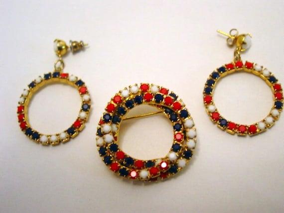 vintage patriotic jewelry white and blue rhinestone