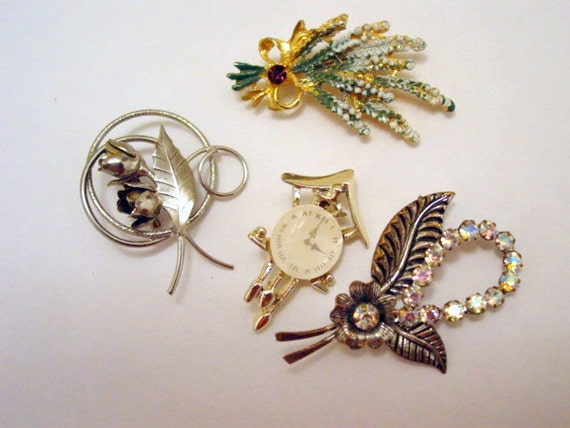 Vintage wholesale lot of brooches vintage by jewelsfromthepast for Wholesale costume jewelry for resale