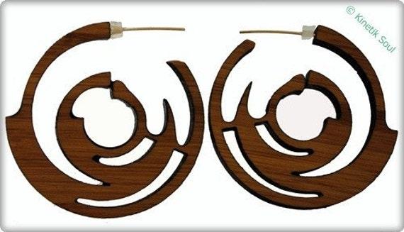 Sharp Curves Bamboo Hoop Earrings-KSE101002