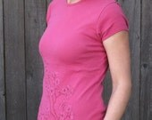 Womens Pink Cotton Flower T-shirt printed with pink spring blossoms