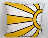 Outdoor Pillow - Sunbrella Sunburst Applique 16 inch