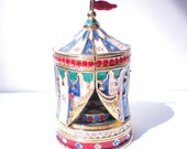 """Estee Lauder CIRCUS TENT """"Beautiful"""" Solid Perfume Compact - Limited Edition Collectible With Original Inner And Outer Boxes - Vintage"""