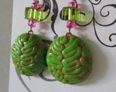 Zombie Brain earrings neon green and pink
