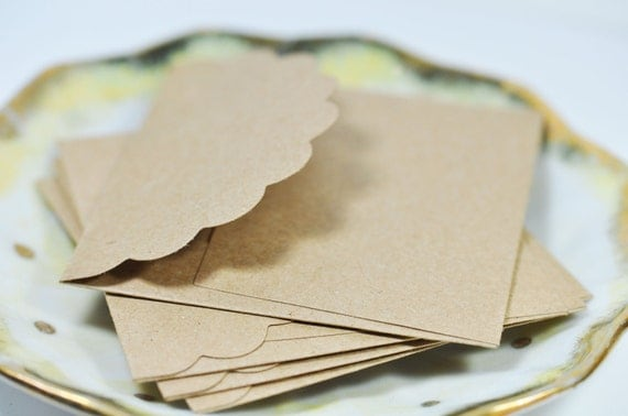 Small Scalloped Kraft Envelopes 3x3