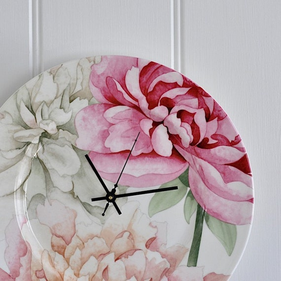Etsy seller fair houre makes a range of clocks like this for Vintage sites like etsy