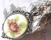 Antique-1940'- My Wild Irish Rose-Necklace  R 9539